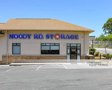 Storage Units for Rent available at 3100 Moody Road, Bonaire, GA 31005 Photo Gallery 1