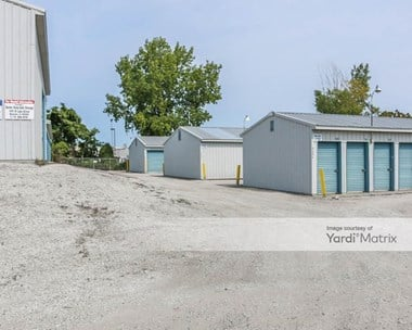 Storage Units for Rent available at 2701 East Durbin Street, Warsaw, IN 46580 Photo Gallery 1