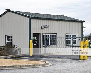 Storage Units for Rent available at 11440 Blankenbaker Access Drive, Louisville, KY 40299