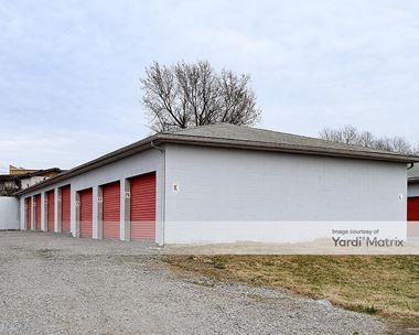 Storage Units for Rent available at 50 Airport Road, Vine Grove, KY 40175 Photo Gallery 1