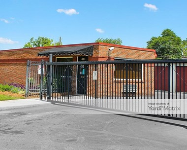 Storage Units for Rent available at 518 Gen. Courtney Hodges Blvd, Perry, GA 31069 Photo Gallery 1