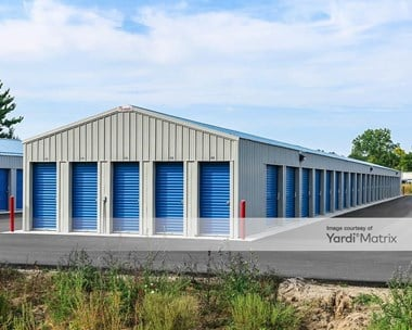 Storage Units for Rent available at 3031 Peddlers Village Road, Goshen, IN 46526 Photo Gallery 1