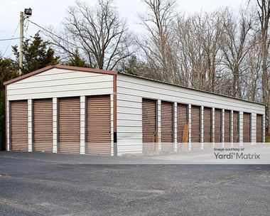 Storage Units for Rent available at 1048 South Dixie Blvd, Radcliff, KY 40160 Photo Gallery 1