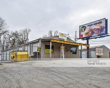Storage Units for Rent available at 7511 River Road, Prospect, KY 40059 Photo Gallery 1