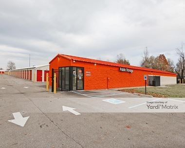 Storage Units for Rent available at 1012 Applegate Lane, Clarksville, IN 47129