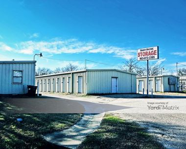 Storage Units for Rent available at 645 Hardy Avenue, Corsicana, TX 75110
