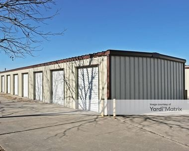 Storage Units for Rent available at 225 Queen Drive, Hewitt, TX 76643
