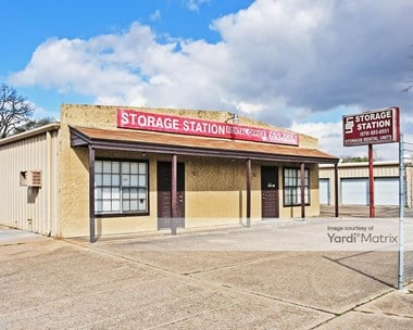 Storage Units for Rent available at 219 Manuel Drive, College Station, TX 77845 Photo Gallery 1