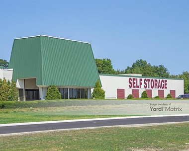 Storage Units for Rent available at 5370 Clarkins Drive, Austintown, OH 44515 Photo Gallery 1
