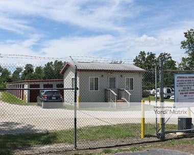 Storage Units for Rent available at 9125 North Saginaw Road, Mount Morris, MI 48458 Photo Gallery 1