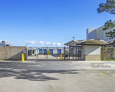 Storage Units for Rent available at 5330 Jefferson Hwy, Elmwood, LA 70123