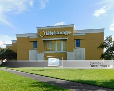 Storage Units for Rent available at 2012 Belle Chasse Hwy, Gretna, LA 70056