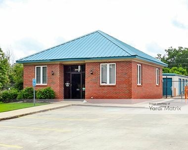 Storage Units for Rent available at 2000 Columbus Pkwy, Opelika, AL 36804 Photo Gallery 1