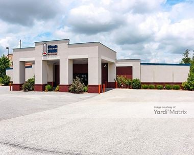 Storage Units for Rent available at 1704 Frederick Road, Opelika, AL 36801 Photo Gallery 1