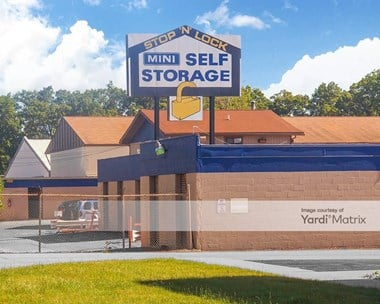Storage Units for Rent available at 302 North Byrne Road, Toledo, OH 43607 Photo Gallery 1