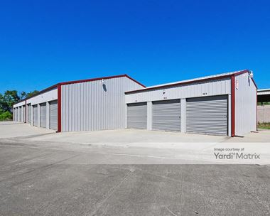 Storage Units for Rent available at 200 Pike Street, Charlestown, IN 47111 Photo Gallery 1