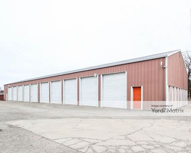 Storage Units for Rent available at 960 South Preston Hwy, Shepherdsville, KY 40165 Photo Gallery 1