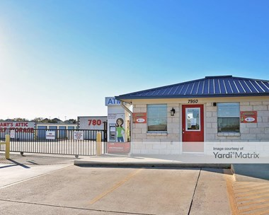 Storage Units for Rent available at 6503 West Adams, Temple, TX 76502 Photo Gallery 1