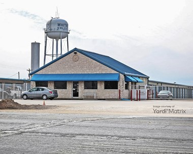 Storage Units for Rent available at 1401 North Brazos Street, Whitney, TX 76692 Photo Gallery 1