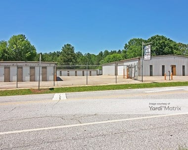 Storage Units for Rent available at 108 Henry Street, Laurens, SC 29360 Photo Gallery 1