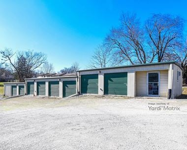 Storage Units for Rent available at 616 West Lexington Avenue, Winchester, KY 40391 Photo Gallery 1