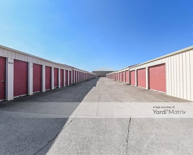 Storage Units for Rent available at 2595 Palumbo Drive, Lexington, KY 40509 Photo Gallery 1