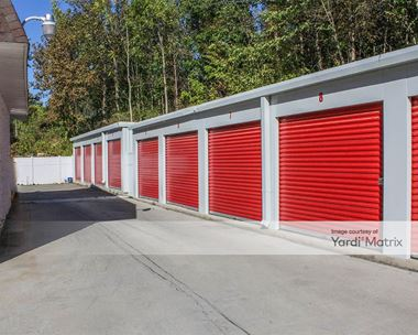 Storage Units for Rent available at 720 6th Avenue, Troy, NY 12182