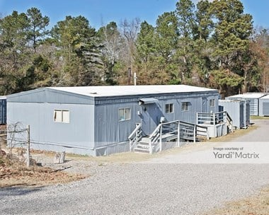 Storage Units for Rent available at 1492 Edgefield Road, North Augusta, SC 29860 Photo Gallery 1