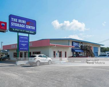 Storage Units for Rent available at 12053 Hwy 17 Byp, Garden City, SC 29576