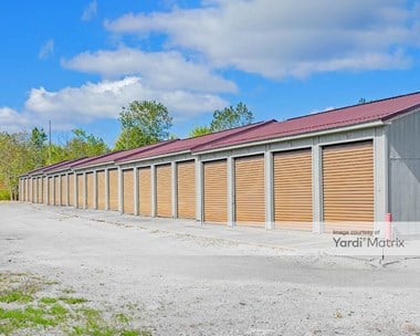 Storage Units for Rent available at 2117 Bazetta Road, Warren, OH 44484 Photo Gallery 1