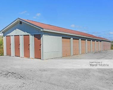 Storage Units for Rent available at 3060 North Road, Warren, OH 44483