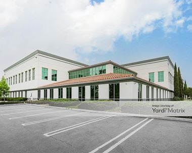 Storage Units for Rent available at 5300 Adolfo Road, Camarillo, CA 93012